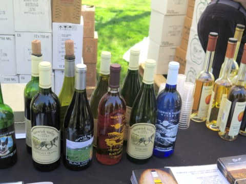 NYBG Wine Tasting, Warwick Valley Winery & Distillery (Black Dirt Distillery). Photo, Carole Di Tosti