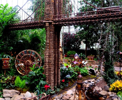 Coney Island display, NYBG Holiday Train Show, Applied Imagination, Brooklyn Bridge, Paul Busse