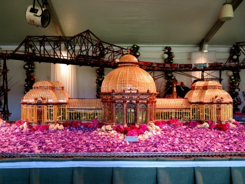 Applied Imagination, Enid A. Haupt Conservatory, NYBG Holiday Train Show