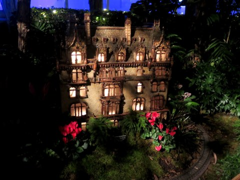 The Jewish Museum, NYBG Bar Car Nights, Holiday Train Show