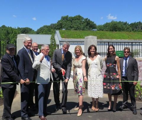 NYC Mayor Bill de Blasio, Ribbon Cutting Ceremony, Edible Academy Dedication June 14, NYBG