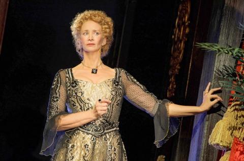 Moritz von Stuelpnagel, Janet McTeer, Bernhardt/Hamlet, Theresa Rebeck, Roundabout Theatre Company
