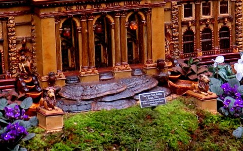 NY Public Library replica, NYBG Holiday Train Show 2018, Applied Imagination