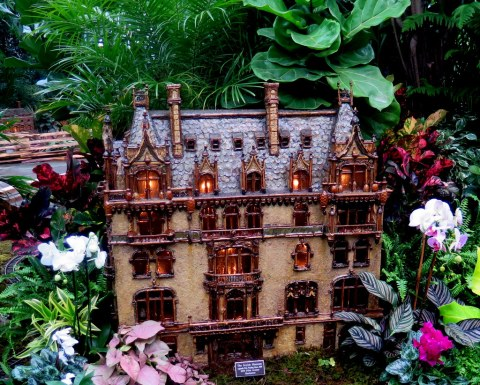 The Jewish Museum replica, The Felix Warburg House, Applied Imagination, NYBG 27th Holiday Train Show NYBG