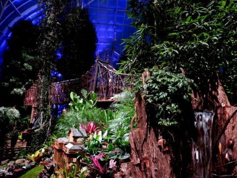 Bar Car Nights At The New York Botanical Garden A Fun Event