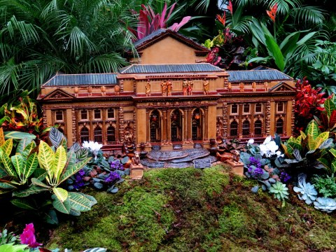 New York Public Library, NYBG Holiday Train Show 2018, Applied Imagination