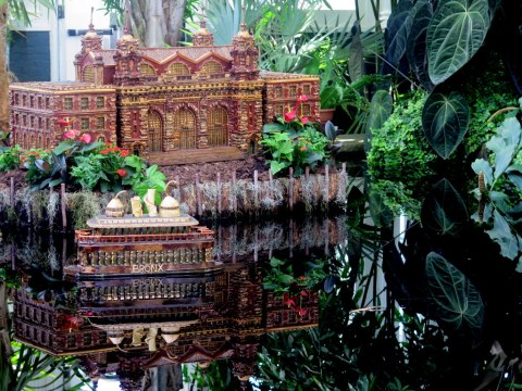 Palms of the World Gallery and Reflecting Pool, NYBG Holiday Train Show 2018, Lower Manhattan display