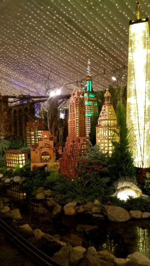 Downtown Manhattan, 1 World Trade Center, The Oculus, NYBG 28th Holiday Train Show, Bar Car Nights, Applied Imagination,