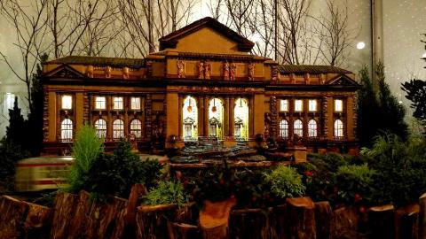 28th NYBG Holiday Train Show, Bar Car Nights, Applied Imagination, NYPL