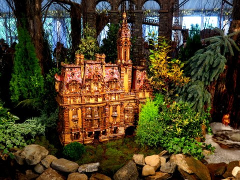 Senator William Clark House, NYBG 28th Holiday Train Show, Applied Imagination