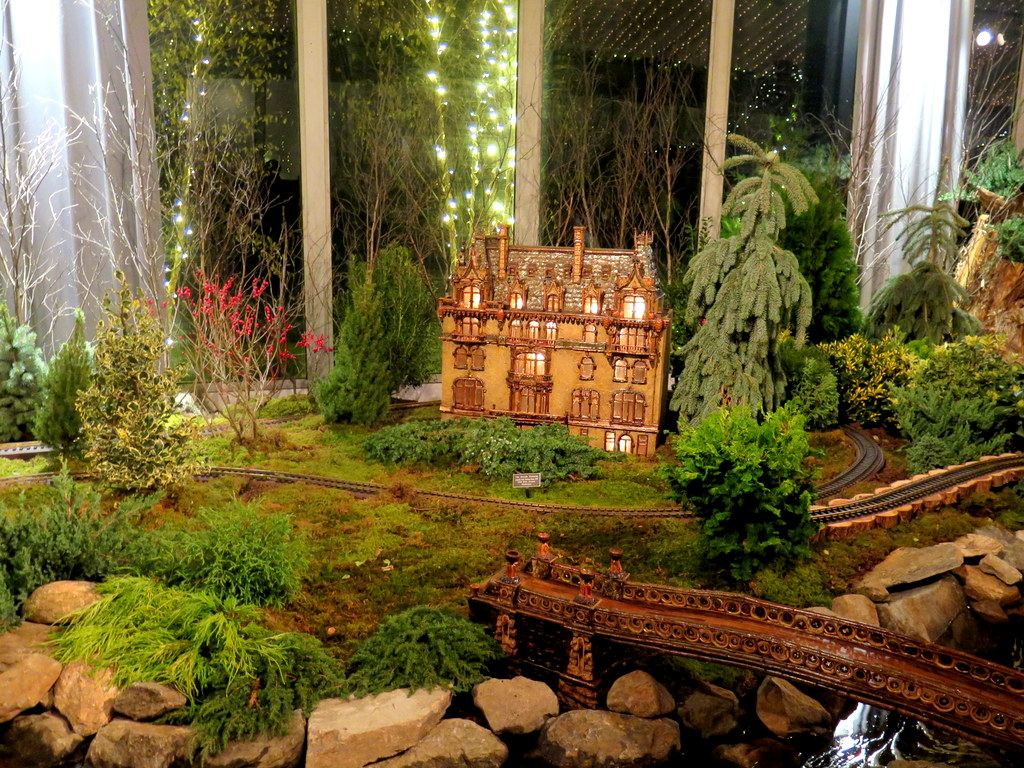 Jewish Museum, Bow Bridge, NYBG 28th Holiday Train Show, Bar Car Nights, Applied Imagination