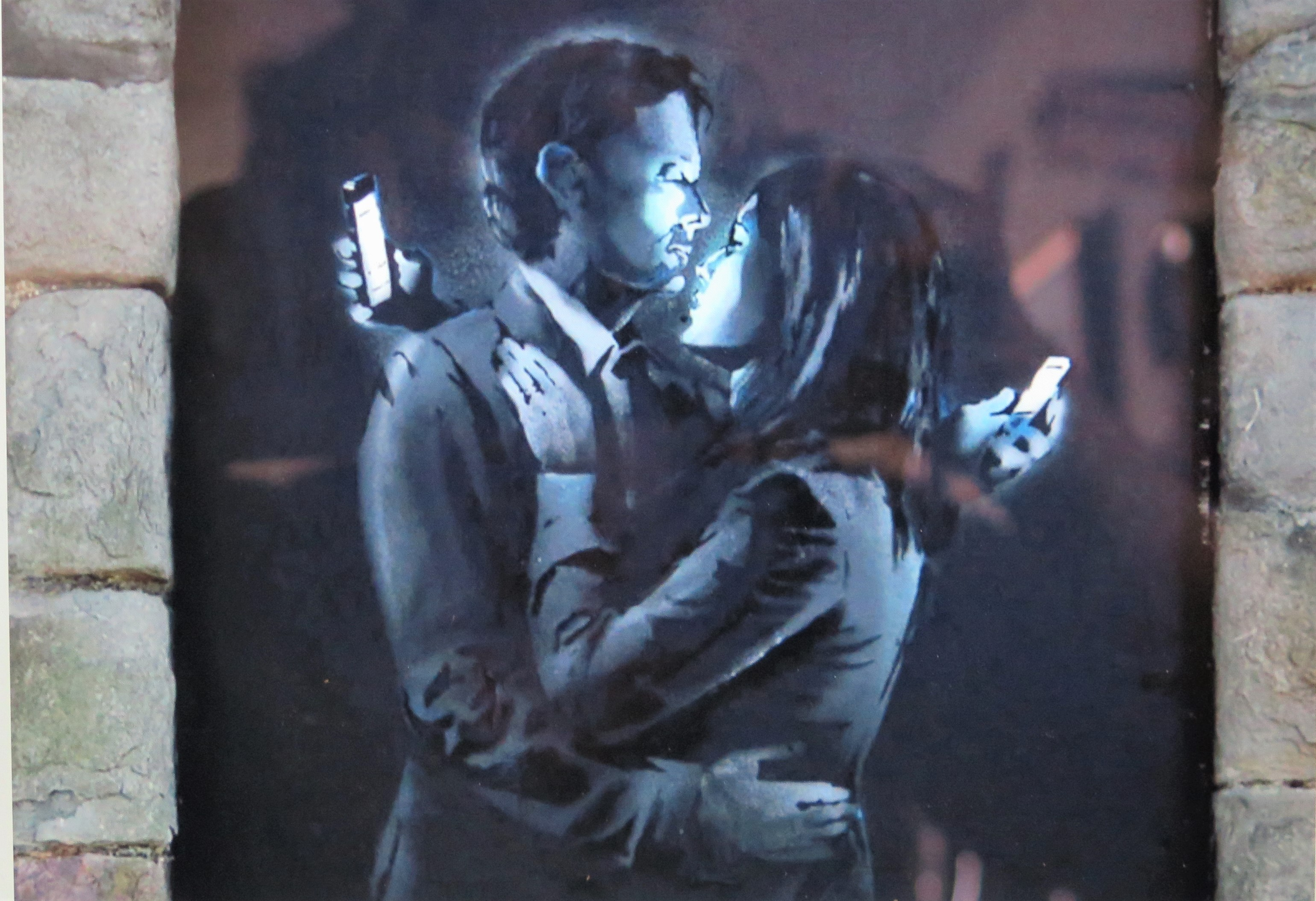 Banksy, Bristol, UK, Phone Lovers